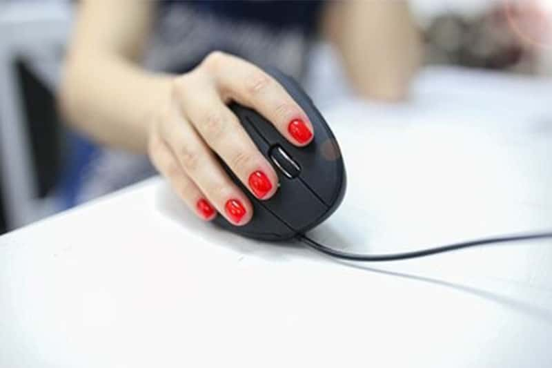 What Is The Best Ergonomic Mouse for Small Hands and What Makes It Any Good?